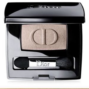 Other - Dior shadow 554